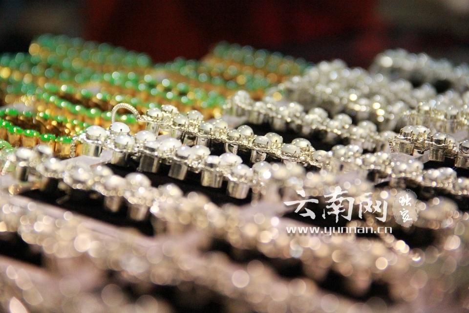 昆明国际珠宝展开幕 珠宝光气耀春城